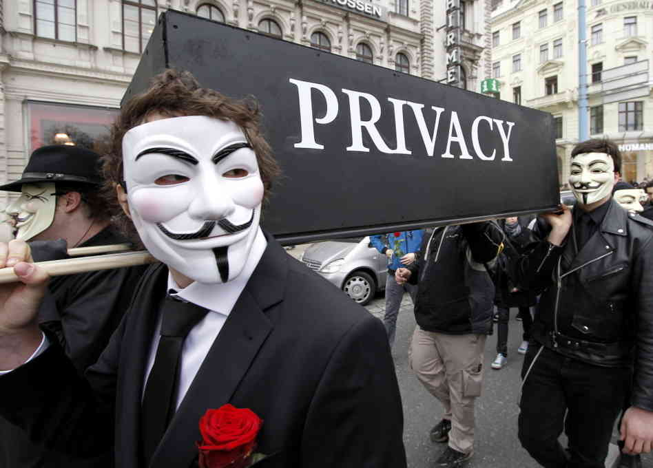 issue of privacy and security on internet Cnet news reporters and editors cover the latest in security,  google defends gmail privacy,  internet amazon says us prime.